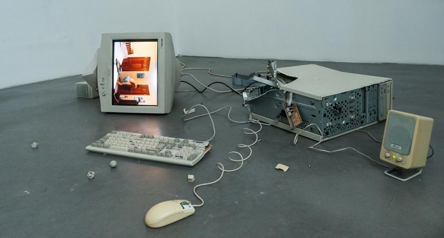 Fotografia e nuovi media: quanto i social stanno mutando l'estetica contemporanea? Il critico Luca Panaro ci risponde