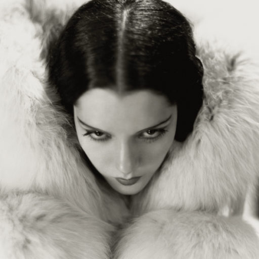 Lupe Velez fotografata da George Hurrell, 1931. Metro-Goldwyn-Mayer © John Kobal Foundation