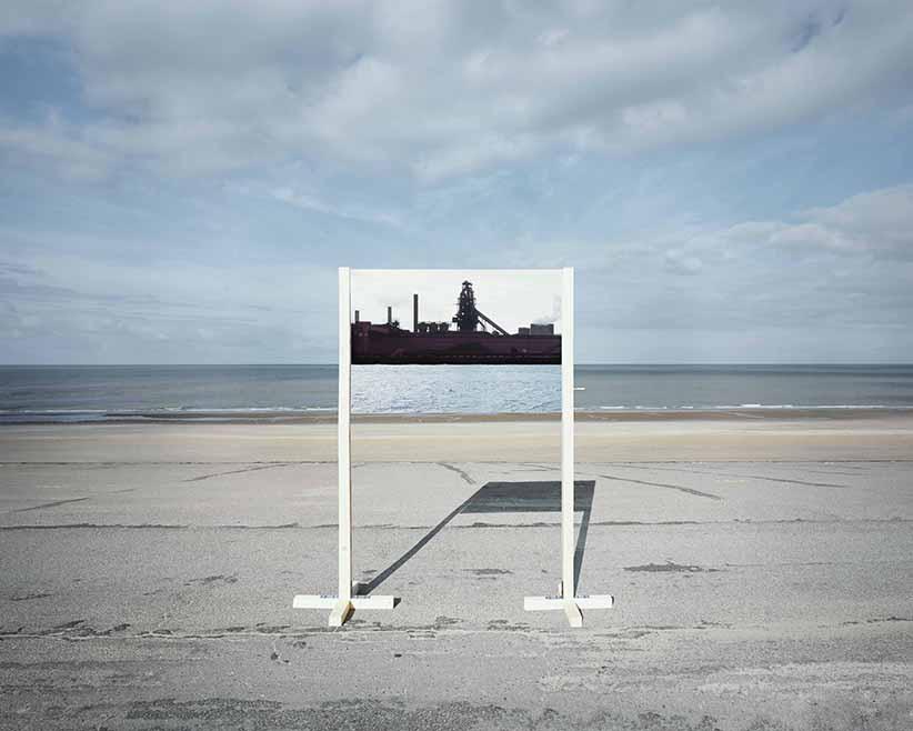 "Guillaume Amat, France(s) territoire liquide, dalla serie ""Open fields"", 2010. Courtesy Agence Signatures"