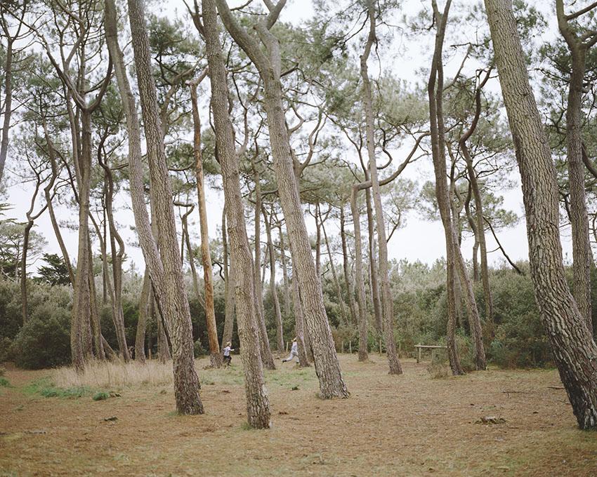 """Patrick Messina, France(s) territoire liquide, dalla serie """"Courte échelle"""", Courte échelle 2 - Kerver , Presqu'île de Rhuys, 2012. Courtesy Label Exposition - Delphine Charon, Paris"""